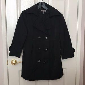 Black jacket by Penelope & Monica Cruz for MANGO.